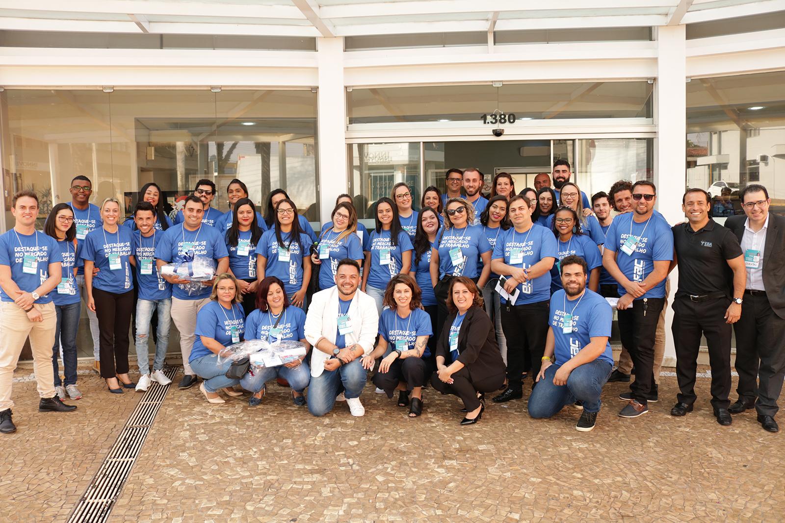 Aconteceu nesta segunda-feira (16) a 5° Convenção de Vendas da Rede EFAC, que reuniu franqueados, gestores, coordenadores e orientadores em um dia cheio de aprendizado e troca de experiências.